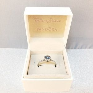 Pandora Blue Sparkling Crown Ring